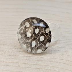 Bague avec anneau en verre...